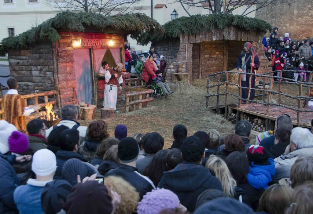 _7 Live Nativity Scene by Mirsad Mehuli-c_Za  greb Tourist Board