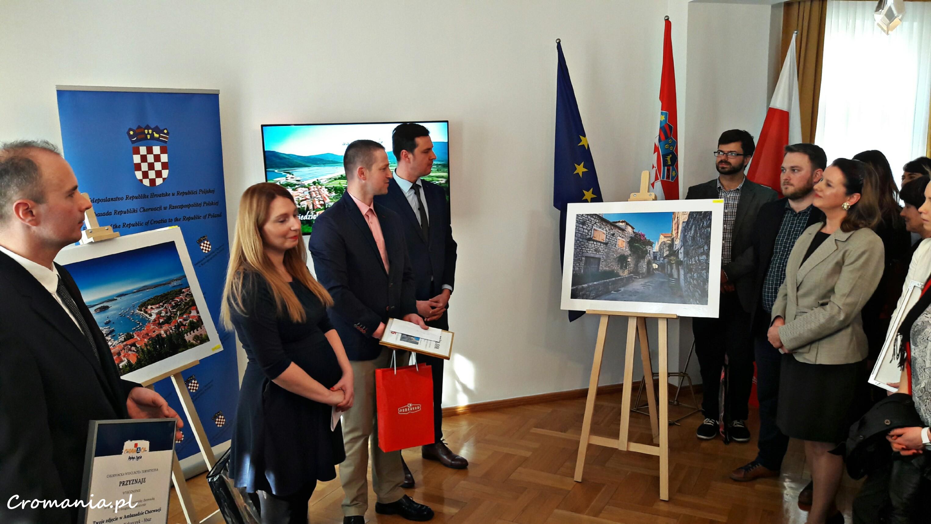 Rozdanie nagród w konkursie Twoje zdjęcie w Ambasadzie