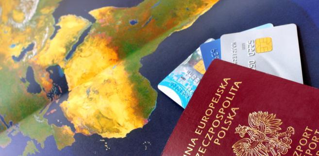 969049-turystyka-paszport-657-323