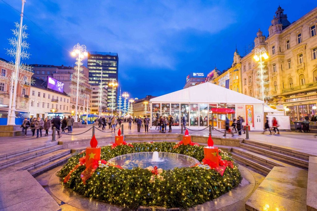 _8 Advent at ban Jelacic Square by Julien Duval_Zagreb Tourist  Board